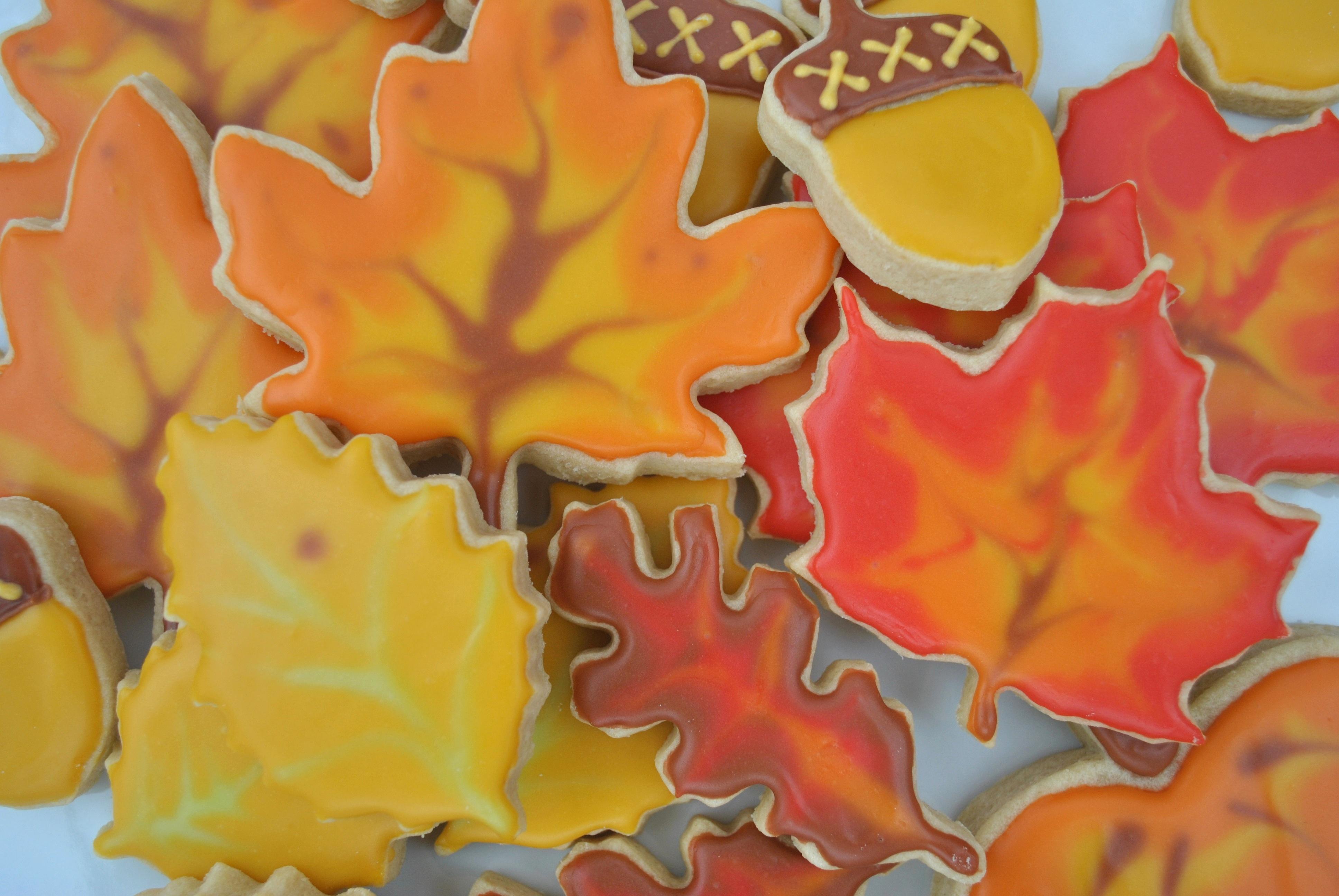 fall mama mayer bakery